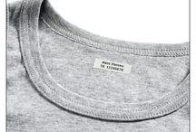 Strygemærker fra Ikast Etiket / Strygemærker med personlig tekst hjælper børn, forældre og pædagoger i en travl hverdag, da de lettere kan se, hvor tøjet hører hjemme.
