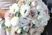 Flowers / by Amanda Martin