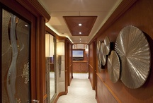 Mi Sueno / The design and the spacious interiors characterize Mi Sueno.The yacht's interior is splendid and very comfortable. There are 6 lavish cabins, each of which is exquisitely detailed with wood, thick fitted carpet and a very nice lighting by Patrick Knowles.