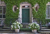 White & Green Gardens