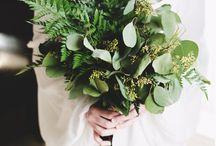 Greenery bouquets wedding