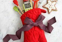 Christmas gift ideas / by Sasha Fry