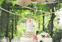 wedding cakes / by Kimberlee Nevins