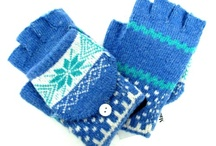 Glove For Texting / by Milana Molander