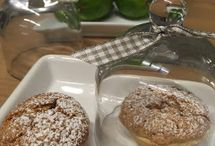 Muffins  &  Cupcakes &  Scones