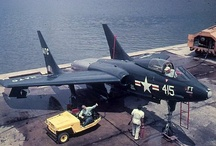 F-7U Cutlass  Vought / F-7U Cutlass  Vought