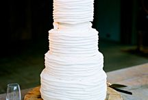 Wedding Cakes / by Chris @ Postcards & Pretties