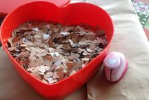 Heart confetti / With some old paper bags lying around you can create your own confetti.