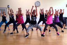 Zen Garden / Pilates, Power Pump, Zumba, Step, Zumba Step, Zumba Kids, Yoga, Kid Pilates, Cardiovascular, Funky infantil y juvenil, Danza clásica, Exámenes de la Royal Acadamy of London, Entrenador Personal