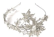 Tiaras / Feel like a Fairytale Princess and be the epitome of romance and glamour with our classical and beautiful tiaras