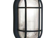 Buitenlampen / Design buitenlamp met een opvallend lichteffect op de wand of een klassiek / landelijke buitenlamp met nostalgische uitstraling. Van staande buitenlampen tot buiten wandlampen vind je Lampgigant. Meer dan 1000 lampen in de buitenverlichting collectie!
