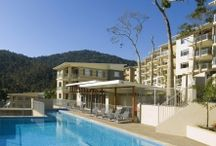 Airlie Beach / Accommodation, Resorts, Clubs, Bars, Activities, Entertainment Insights and Interests in Airlie Beach .