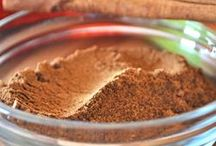 Herbs and Spices / Herbs and Spices Need alternatives for salt or info on flavouring food?