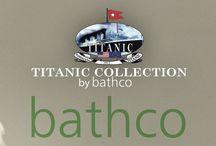 """Titanic Collection By Bathco / La Fundación Titanic decidió, para su nueva exposición Titanic: The Reconstruction, reproducir, entre otras estancias del buque, uno de los camarotes de primera y segunda clase, resaltando los baños, los muebles, lavabos, grifería, albornoces, etc, ofreciendo una imagen completa de lo que significó la construcción del """"buque de los sueños"""", considerado como el """"mejor hotel flotante del mundo""""."""