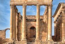 Roman Ruins / Rome left a big mark on the world.