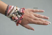 вязаные браслеты