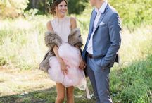 A Royal Autumn Wedding / Fur / Royal Scout and Co.. Photography / Nicole Conners. Florist / Full Bloom Flowers and Plants. Bridal Headpiece / Melinda Rose Design. Styling and outfits / Leavenworth Boutique. Event Styling / Kara Meloy. Modeling / Tory Merrill, Rachel Merrill, and Logan Barger.