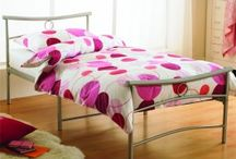 Metal Beds / If you are looking for a Traditional Metal Bed then you are in the right place, see our fantastic selection of metal bedsteads and bed frames and you will find the perfect one for your bedroom. Metal is the most popular material used in the construction of guest bed, day beds and bunk beds.