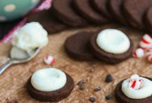Best Cookie, Cookie Bar and Brownie Recipes / Love cookies? Me too! These recipes for cookies totally make me drool.