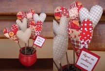 valentin hearts / valentin napi szivek stb.