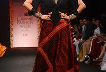 Sumona Couture / sumona parekh presents bridal couture, in innately Indian fabrics like Baluchari Silk. #carma #runwaytocarma #carmadesigners #sumonaparekh #couture #offtherunway #baluchari #carmaloves #lakmefashionweek #lfw #lustlist #shopnow #toronto #newarrivals #justin #dubai #runwaycollection #silk #indianfashion #handloom #elegant #chic #ootd #onlineshopping #instadaily #instafollow #getthelook #trendingnow @lakmefashionwk