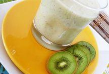 Healthy Snacks / by Rebekah Susa