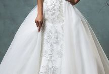 Beautiful wedding dresses / Beautiful wedding dresses from all over the place ❤️