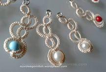 Nuvole e Gomitoli Earrings / Orecchini realizzati a chiacchierino