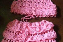 Corpiño y falda de crochet