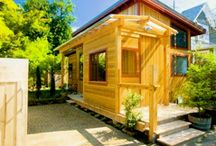 Studios...tiny houses / by Janelle Geddes