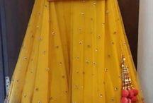 Mehndi outfits