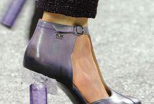 Des shoes à dire / Des chaussures insolites, rigolotes, extraordinaires, jolies, immettables, bref, des shoes qui me parlent !