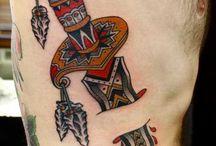 Tatuagem de punhal