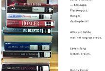 Stapelgedichten / Stapelgedichten zijn korte gedichten die je maakt door boeken op elkaar te stapelen. De titels op de ruggen vormen, van boven naar beneden gelezen, het gedicht