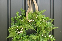 Wreaths & Centerpieces / by Tammy Morehead