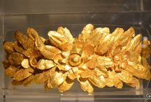 Retrospective bijoux etrusques