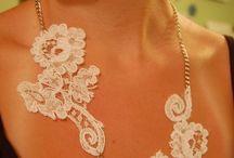 krajkove šperky