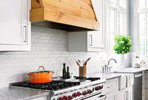 Kitchen / by Ellen Laubie