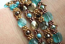 Beadwork / Beadwork designs I admire / by Leah Gerkey