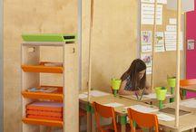 Chaise Matali Crasset pour l'Ecole Blé en Herbe / 1 Projet : l'École Blé en Herbe Où : Trebedan (22) 1 Désigner  à renommée internationale : Matali Crasset 1 Fabricant local : #MACMobilier (35)
