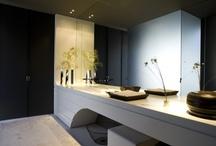 Bathrooms / by Armando Sousa