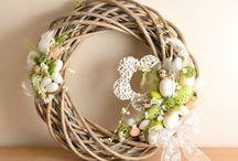 věnce (wreaths)