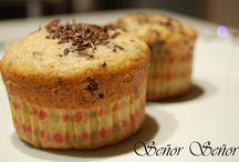 Muffins y magdalenas / Recetas de muffins dulces y magdalenas caseras: esponjosas, con chocolate, yogur, integrales o como las prefieras. Encontrarás recetas fáciles, con o sin thermomix.