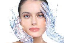 Λιπαρό δέρμα και ενυδάτωση / Απαραίτητη για το λιπαρό δέρμα η ενυδάτωση, παρόλο που η λιπαρότητα του αποτελεί ένα φυσικό τρόπο ενυδάτωσης.