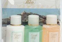 Kits de Viaje - Travel kits / De viaje o vacaciones, llévate los productos Campos de Ibiza allí donde vayas.