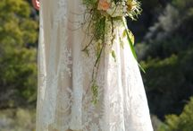 style: trailing bouquet / inspiration for trailing bridal bouquets