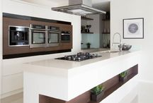 Crema Quartz Kitchen / Contemporary kitchen featuring a Crema Quartz engineered stone benchtop.  Home Builder is Granvue Homes VIC