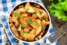 The Potato Collection That You Can't Miss / If you love potatoes then these recipes are for you! Hearty potato recipes go perfect with any main dishes you have in mind. Plan to include one of these savory dishes for dinner tonight!