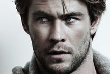 Chris Hemsworth(thor)