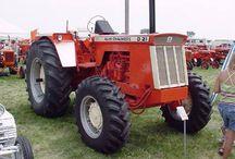 Traktorit